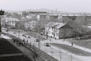 Кыштым 70-х. Видимо ранняя весна, деревья еще не распустились